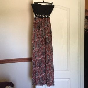 Dresses & Skirts - Maxi strapless paisley dress, size M